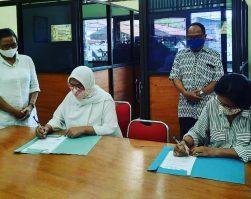 Tanda Tangan Surat Perjanjian Kerjasama dengan 2 Perguruan Tinggi